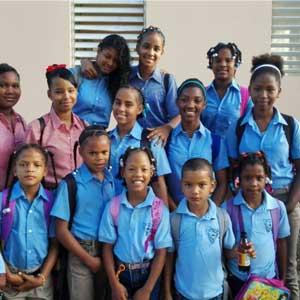 Apoyo a Centros Educativos y Colegios